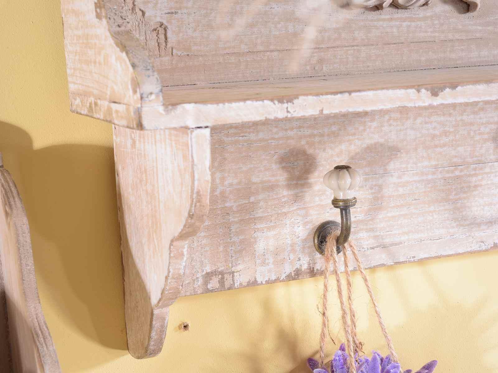 Pareti In Legno Shabby : Boiserie in legno e laminato