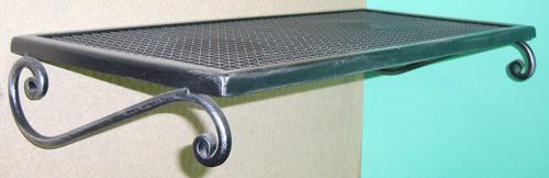 Antica soffitta arreda con stile for Mensole in ferro battuto