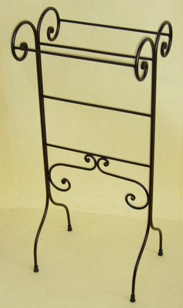 Antica soffitta porta asciugamani piantana ferro relax - Altezza porta asciugamani ...